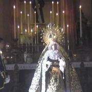 Besamano Sta  Virgen de la Amargura 2013