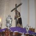 """Jesus Nazareno Abrazado a la Cruz sobre su """"paso"""" procesional"""